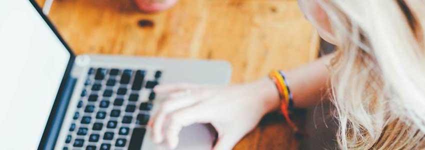 Web制作会社の見積書は人件費